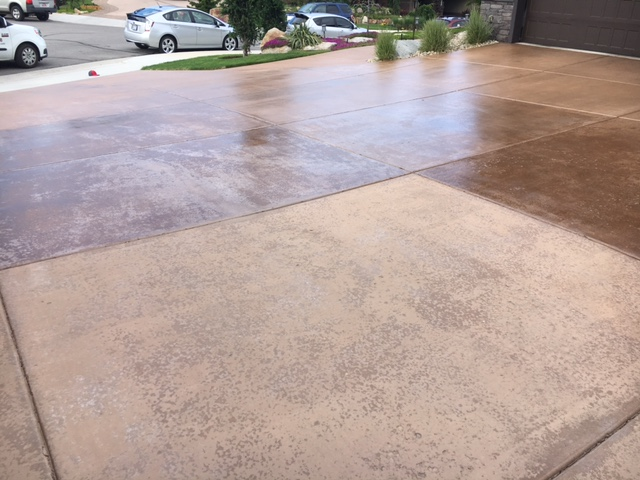 driveway with concrete sealing