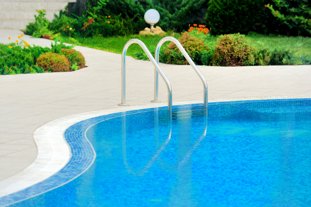 Resurface your concrete pool deck before summer